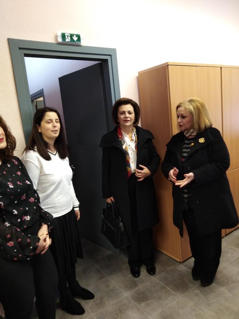 Το Κέντρο Συμβουλευτικής Υποστήριξης Γυναικών του Δήμου Κατερίνης  επισκέφθηκε η Υφυπουργός Εσωτερικών Μαρίνα Χρυσοβελώνη – ce05c06f7f8